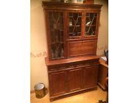 Drinks cabinet / dresser