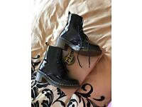Dr Martin Boots size 7 brand new
