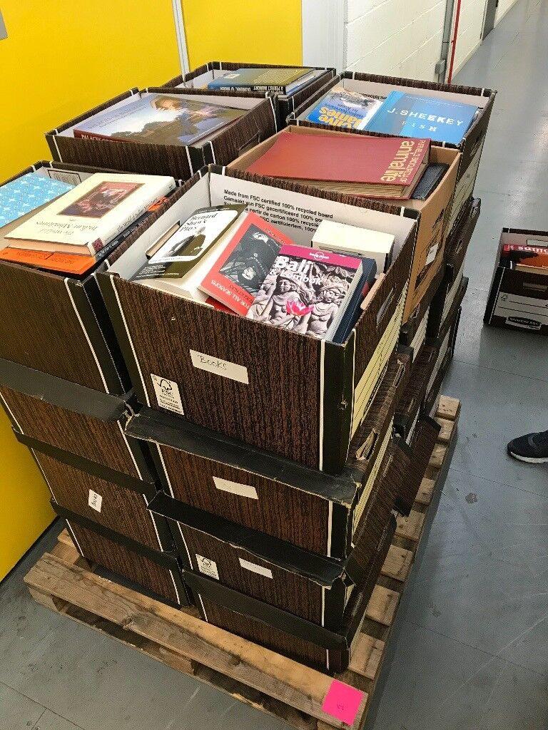 Wholesale Joblot of Assorted Books 800 - 1600+. Each pallet £150 each