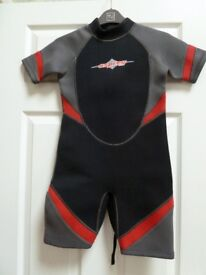 "Childs shortie wetsuit, Osprey, 28"" chest"