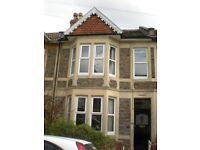5 bed Furnished house to rent - double rooms - free wifi - just refurbished - 100m to amenities