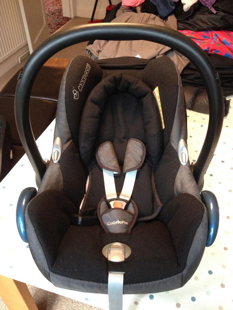 Maxi-Cosi CabrioFix car seat (Digital Black) PLUS Easy-View Plus car