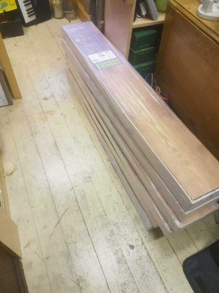 6 Packs Of Chestnut Effect Laminate Flooring