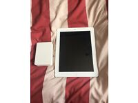 IPad 3rd Generation with Free Juice Power Station