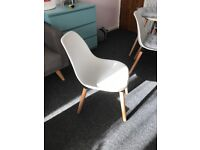 4 white chairs! Very good condition,used for 4 months only!!! Very modern and stylish! £ 60 for 4 !