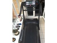 REEBOK PROFESSIONAL GYM SIZE TREADMILL