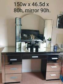 Mirrored dressing table and mirror, collection Ilchester