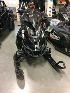 2014 Ski-Doo Summit® SP Rotax® E-TEC® 800R 154""