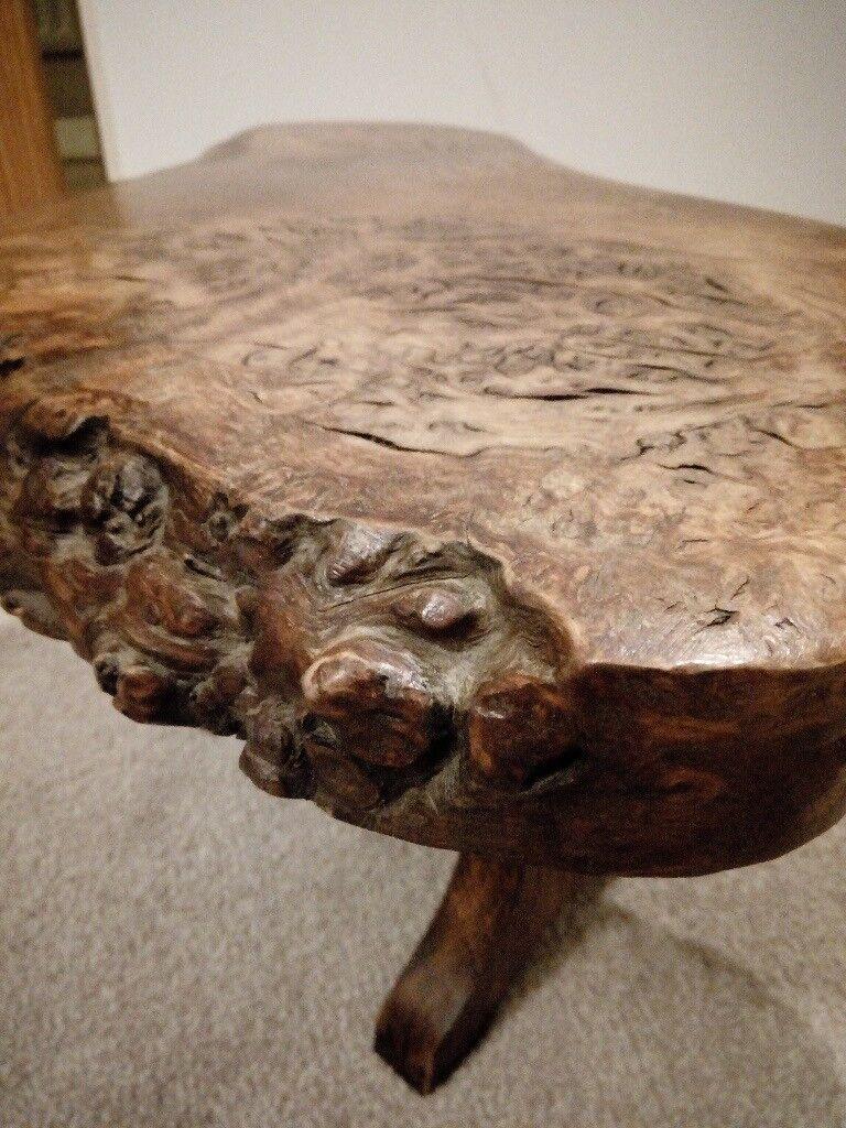 small burr oak coffee table ornament stand