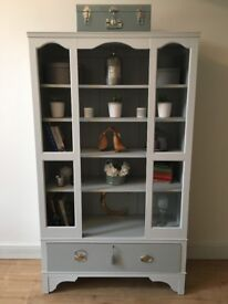 Vintage bookcase/display unit