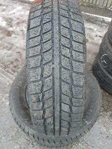 4 PNEUS HIVER - JINYU 175 70 14 - 4 WINTER TIRES