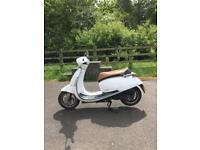 2014 Lexmoto 125 Moped White - 1500 MILES - 12 MONTHS MOT