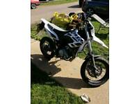 Yamaha wr 125cc supermotor 2015