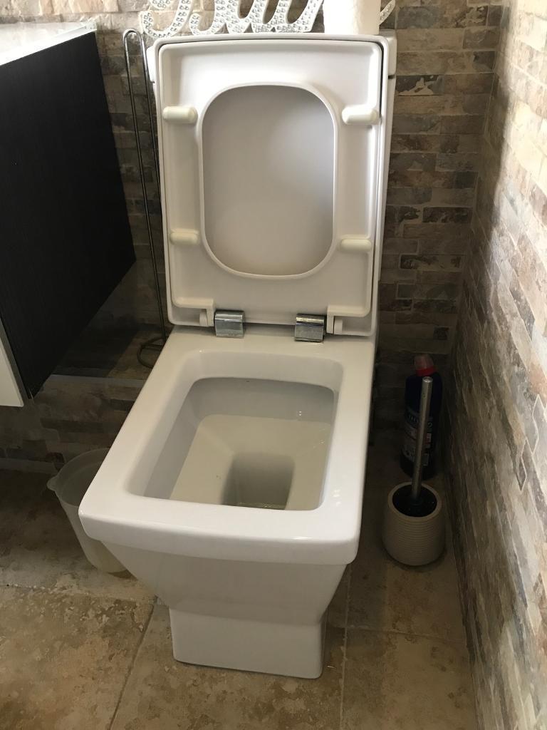 Toilet, bath, sink | in Walsall, West Midlands | Gumtree