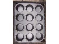 12 Hole Non Stick Muffin Tray IP1