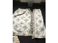 Dorma Chestnut hill curtains, 2 double duvet covers and 4 matching pillowcases excellent condition