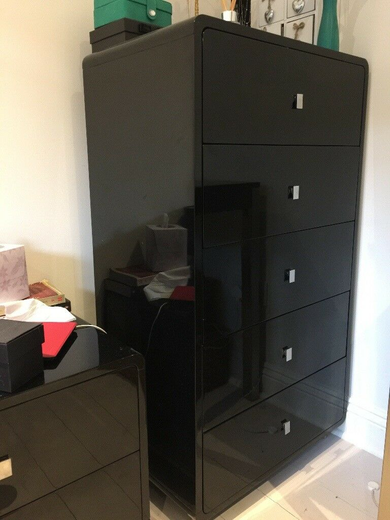 Dwell Black Gloss Bedroom Furniture Set Chest Of Drawers Bedside Tables Dressing Table And