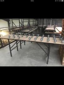 Conveyer tables