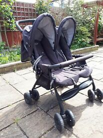 Double buggy Graco