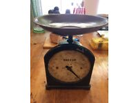ANTIQUE UPRIGHT SALTER SCALES