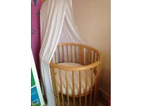 Stokke Cot and bed (0-3 yr old)