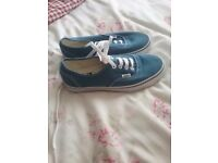 Brand new boys blue vans size 5