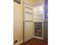 INDESIT DAA55NF1 60/40 Fridge Freezer