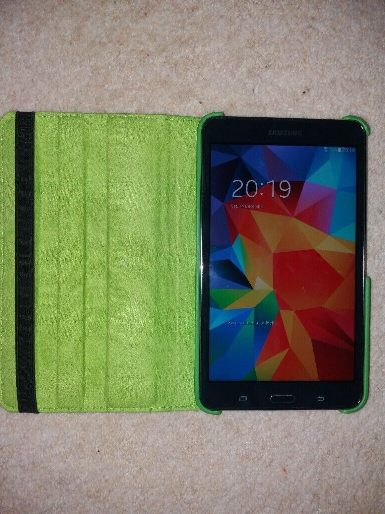 Perfect Xmas Present Like Brand New Boxed Samsung SM-T230 ...