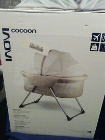 ivoni cocoon with box and traveling bag