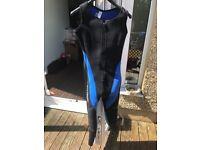 Small women's 2 piece diving wet suit