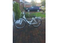 gaint lady hybrid bike used twice