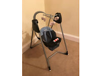 Graco baby swing / rocker with different speed and music settings