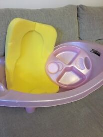 Baby bath with top and tail bowl and newborn sponge