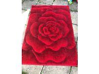 Red floral rug 110x160cm