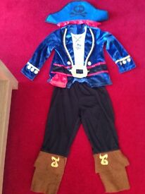Jake the Pirate dressing up costume