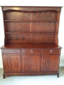 Wooden sideboard/dresser