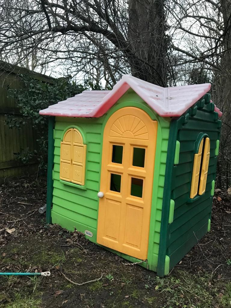 Little Tikes Playhouse - Evergreen Cottage