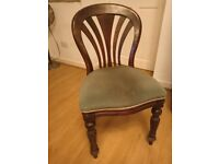 Beautiful dining chair, can be reupholstered