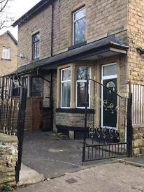 Spacious 2* Bedroom House,Lawkholme Ln, Keighley,BD21