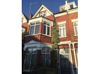 Stunning modern one bedroom flat in Kilburn Willesden Green near station