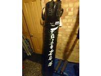 6ft Muaythai Banana Bag (FILLED) with 3ft Wall bracket