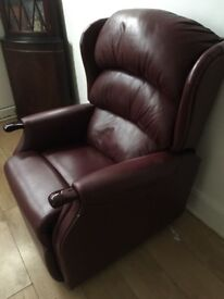Very condition recliner chair