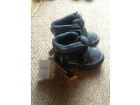 Marks and Spencer Kids' Waterproof Snow Boots with Thinsulate™ new with tags