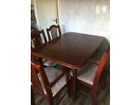 Extendable dining/kitchen table & 6 chairs