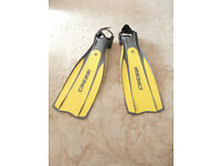 Scuba flippers - Cressi Pro Light - Size: S-M, Excellent condition, Yellow/Black