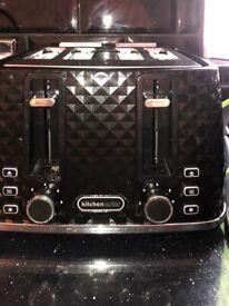 Toaster black