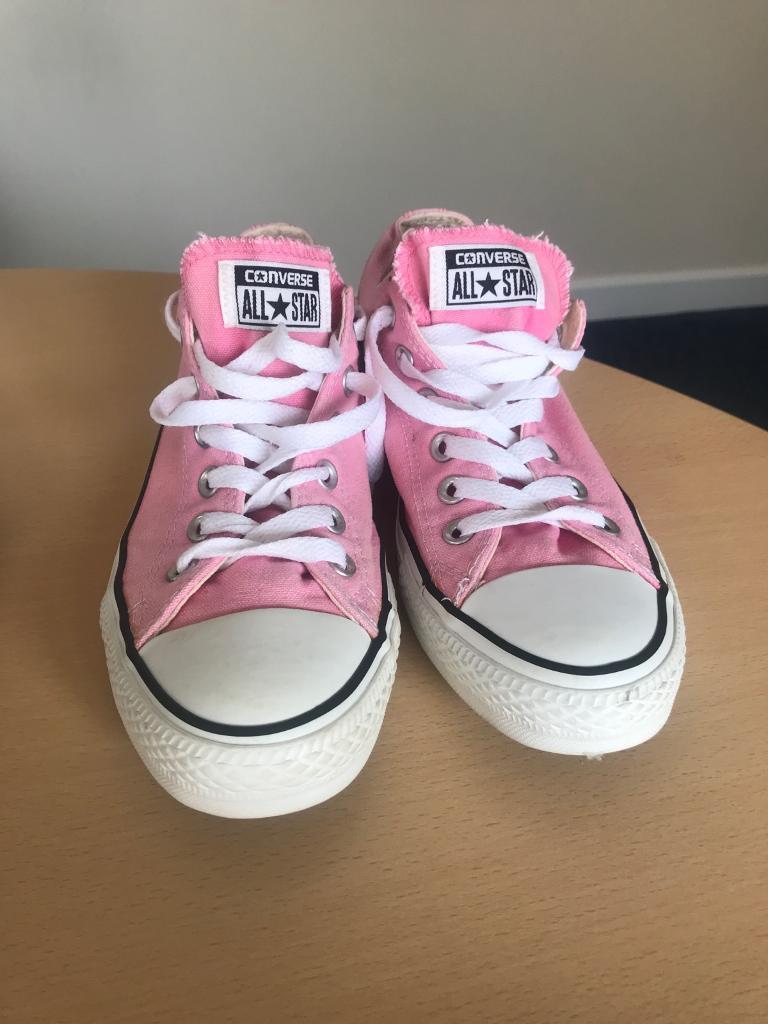a7c67dd1cb18 Pink Ladies Converse Shoes size 6