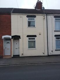 Available to Rent immediately. Smart, 2 bedroom terrace house . Wynburg St. East Hull . £415pcm.