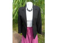 Ladies jacket / blazer. Black Size 10. Smart, Business, Formal - Pokesdown BH5 2AB
