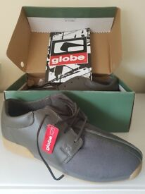 Mens Globe Khaki Shoes Size 13